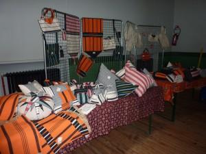 En vente, les coussins confectionnés par les élèves du lycée Toulouse Lautrec