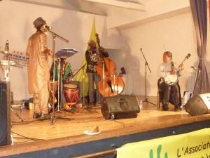 Cheik Sow et son groupe Afro Cubano Projeto font danser le public
